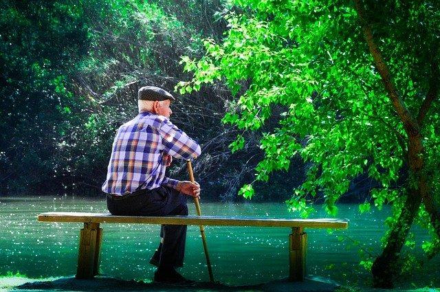 Il fenomeno del vagabondaggio nella demenza - come gestirlo?